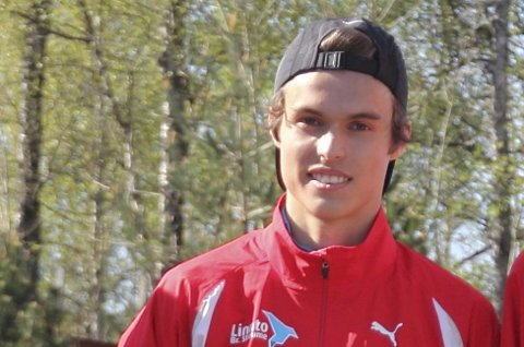 Gulars Sondre Dingsør Skogen løp siste etappe da klubben tok gull.