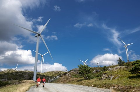 Vindkraft vekker sterke reaksjoner landet rundt, og nå legger BKK planene sine på is. Arkivfoto: EIRIK HAGESÆTER