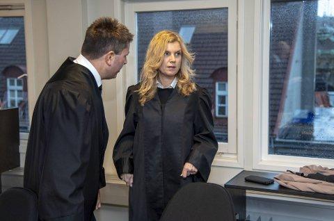 Både Torbjørn Sognefest og kollega Jannicke Keller-Fløystad fra Advokatfirmaet Elden skal forsvare eks-politikeren under rettssaken.