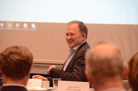 Prosjektrådmann Per Kristian Vareide orienterte om en anstrengt økonomi i kommunene som skal slå seg sammen til Nye Stavanger kommune.