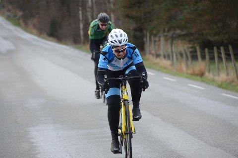 Klostermilå: Kirsten Nærbø fra Rennesøy Sykleklubb ble nummer tre på årets temporitt på Mosterøy, Klostermilå.  Foto: Sigbjørn Berentsen