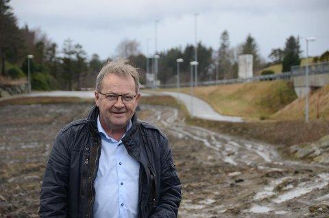 Ikke enig: Einar Mikal Hanasand er kritisk til fylkeskommunens påstand om at arkeologisk registrering på et område ved Sande nødvendig.