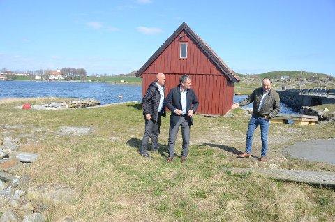 Lokalkunnskap: Dag Njå er godt kjent med hvor det enkelt kan trekkes fiber til Fjøløy.