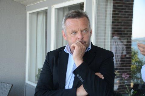 Pågående: En felles politikontakt for både Finnøy og Rennesøy er ikke nok, mener Henrik Halleland og mener at kommunedelsutvalgene må ta tak i dette raskt.