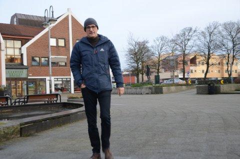 Oppfordrer: Arnstein Wee i FAU ved Harestad skole håper at flere foreldre ser nødvendigheten av å være natteravn i Randaberg sentrum i et-par tre timer på fredagskvelder.