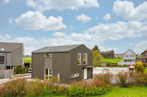 En av tre: Den første boligen ble solgt under en uke på boligmarkedet.
