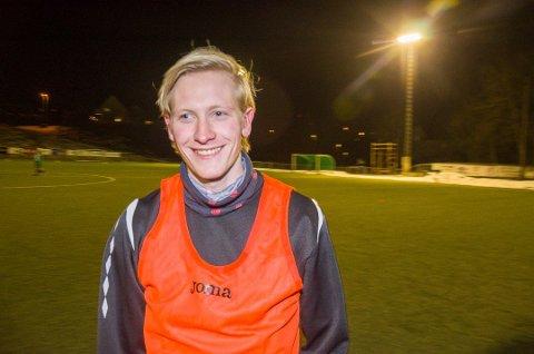 SCORET TO: Preben Røren, som kom til Vestfossen i vinter, scoret begge lagets mål mot Hallingdal.