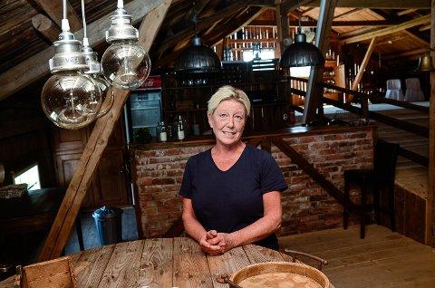 SELSKAPSLOKALER: - Utleie av lokalene på låven har gått over all forventning, sier Hilde Marit Thorrud Bergerud.