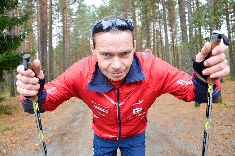 POLITIKER: Gjermund Hellerud gjør comeback som politiker, denne gang for Rødt, og sikter seg inn på plass i kommunestyret.