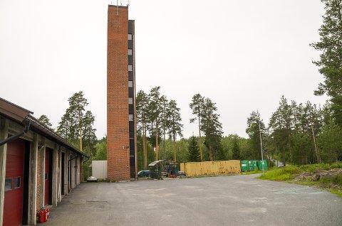 PLANLEGGER VIDERE: Modum kommune ønsker å videreføre planleggingen av ny ambulansesentral og samlokalisering av hjemmetjenesten og hjelpemiddelsentralen mellom brannstasjonen på Nedmarken og Geithusveien.