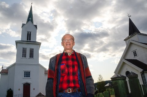 FOR DYRT: - Det er på tide å si ifra, for begravelsesbyråene har de siste årene uhemmet skrudd opp prisene sine, sier Kjell Bjørka.