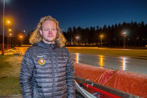 KRITISK: Per-Bjørnar Gundersen Bottegård er kritisk til den totale nedstengningen av idrett og kultur – og stiller spørsmål ved beslutningsgrunnlaget for avgjørelsen.