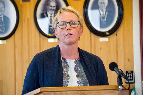 BEREDSKAPSLEDER: Anne-Bjørg Aspheim forteller at det vil bli gjort vurderinger om ytterligere innstramminger i tiden som kommer.