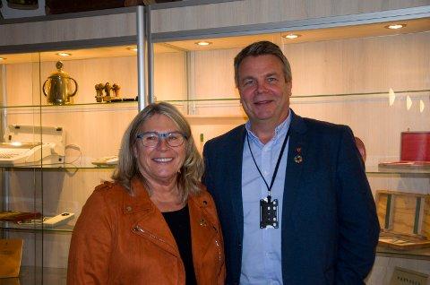 DUO: Både ordfører Kirsten Orebråten (ap) og varaordfører Dag Erik Henaug (H) er strålende fornøyde med at reguleringsplanen for Fellesprosjektet Ringeriksbanen og E16 nå endelig er vedtatt.