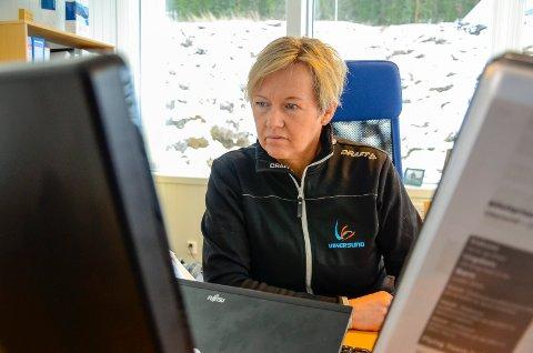 LEIT: Tone Kjemperud Kristiansen sier at de er lei seg for at kvinnene ikke får fly i Vikersund mars 2021, og mener at kvinnenes deltakelse ville gjort Raw Air komplett.