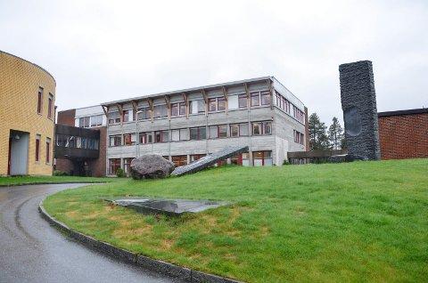 REKTOR: To søkere ønsker å bli rektor på Buskerud videregående skole.