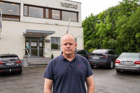PERMITTERINGER: Daglig leder Jørn-Inge Throndsen har permittert flere ansatte, inn mot bedriftens vanskeligste to måneder i 2021.