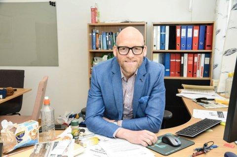 ØKONOMI: Kommunedirektør i Krødsherad, Stig Rune Kroken har basert sine kalkyler på et låneopptak på 130 millioner kroner..