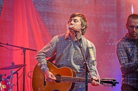 "Frank ""Tønes"" Tønnesen  er nominert til Spellemannspris i to kategorier for albumet ""Sesong fire""."