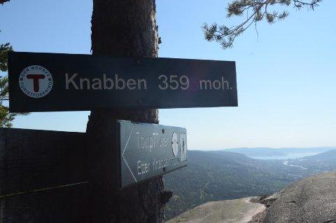 En av 7 topper er Knabben på 359 moh.