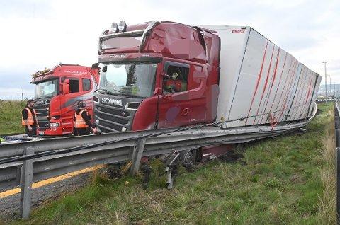 KRASJ: Lastebil-sjåføren blir bøtelagt for å ha kjørt med lavpromille.