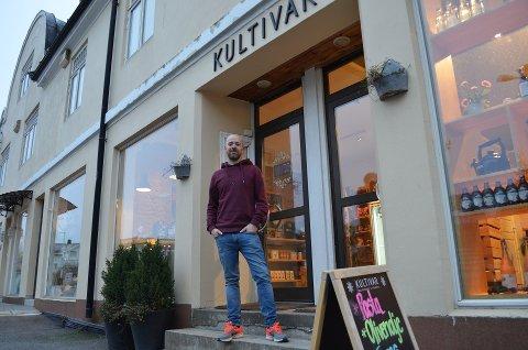 Kristoffer Follestad (35) legger ned butikken