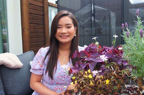 NY KARRIEREVEI: Etter å ha skadet ankelen trengte Elisabeth Le (27) hvile og sa opp den faste jobben. Det åpnet en uforutsett mulighet.