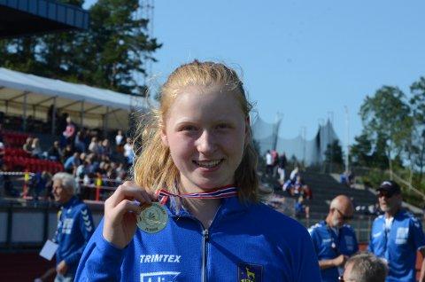 Stortalentet Ellevine Skare vant spyd på U-20 NM. Den lovende Enebakk-jenta kaster for Ski. Hun har også tatt U-18 EM-kravet denne sommeren.