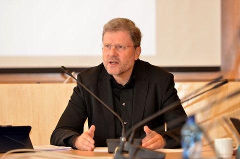 Stein Ovesen har fått stillingen som administrasjonssjef i Troms og Finnmark fylkeskommune.
