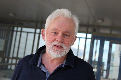 YNGRE GRUPPER: I dag kan dei mellom 45 og 49 bestille seg vaksinetime, og neste veke blir det opna opp for gruppene 40-44 og 18-24, seier smittevernoverlege Jan Helge Dale.