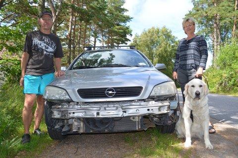 Skadet: Bilen er skadet etter sammenstøtet, og forsikringen dekker det ikke dersom synderen ikke melder seg.