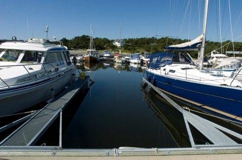 Sand Marina på Spjærøy. Her har Hans -Jacob Anonsen nå fått solgt båtplassen sin. Den avbildede plassen er ikke identisk med plassen som er solgt.