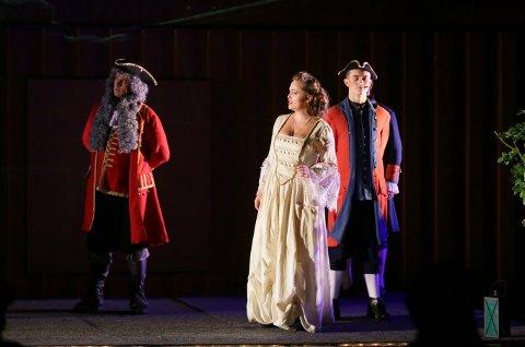 Ann Christin Elverum spilte Harriet von Øhrn, den kvinnelige spionen som ble forsmådd av Tordenskiold og ville ha hevn. – Hvordan kunne en ung kvinne operere så fritt på 1700-tallet? spør Tonje Kolle.