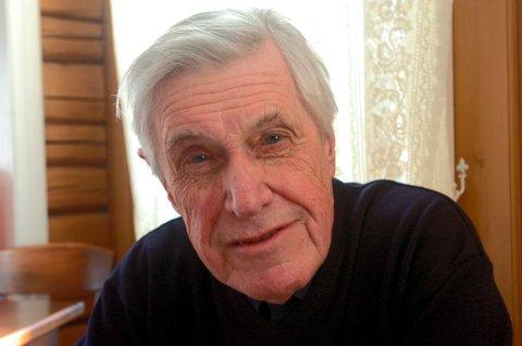 Tidligere turistsjef i Fredrikstad Sigurd Knudsen er død, 90 år gammel. – Det er en svært sentral person i byens nyere historie som nå har gått bort, heter det i dette minneordet.