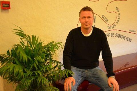 Merker elevsvikt: Rektor Morten Thomassen ved Tomb videregående skole må permittere ansatte. Han startet som rektor i august i fjor. (Arkivfoto: Moss Avis)