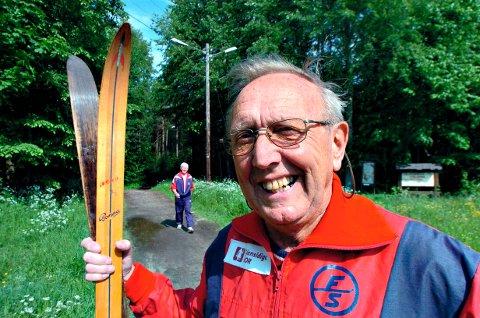 – Lederskikkelse: Leif A. Karlsen vil husket som en av skiklubbens store profiler - og som leder i Fredrikstad kommune, der han var skolesjef og rådmann. Bildet er fra 2005, etter at skiklubben hadde vedtatt at det skulle bli kunstsnø i lysløypa i Fredrikstadmarka.