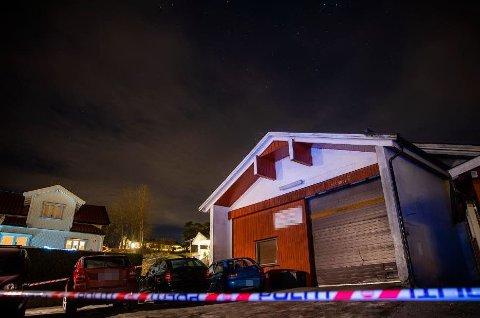 En mann i 40-årene av utenlandsk opprinnelse ble funnet død på Krapfoss i Moss onsdag. Politiet betegner det som et mistenkelig dødsfall. (Foto: Håkon Mosvold Larsen / NTB scanpix)