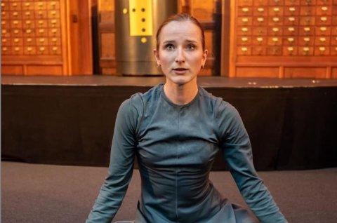 Domkirken blir dansescene. I alle fall I hvert fall onsdag 23. oktober. Da kommer danseren Sylwia Bloch-Sternik og Kammerkoret NOVA for å gi deg dans og sang i nye, forunderlige kombinasjoner!