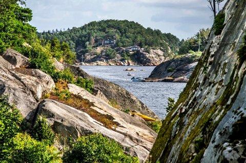 I skuddet. Hvaler er attraktiv for mange norske turister som i år må feriere i eget land.