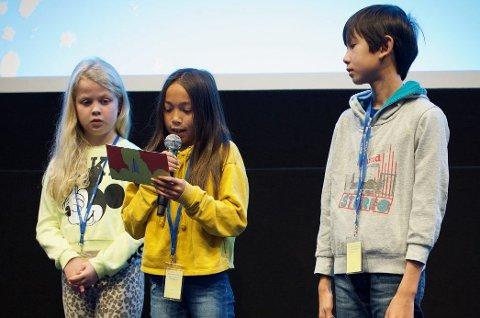 Barnejuryen deler ut prisen for fjorårets beste barnefilm .