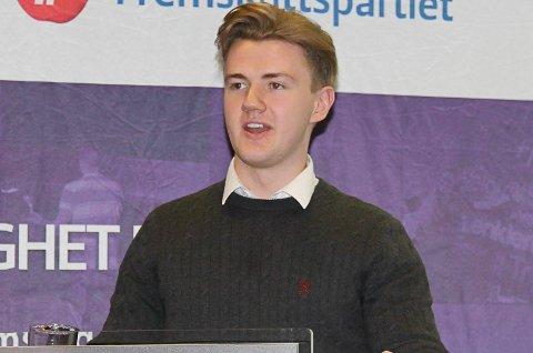 Vegard Knudsen er aktiv i Framstegspartiet både lokalt og i fylkeslaget til FpU.