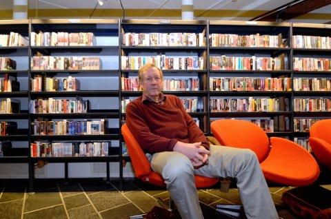 Tar for seg freden: Sakprosaforfatter Egil Ulateig har tatt for seg hvordan freden egentlig ble opplevd blant nordmenn etter krigen.