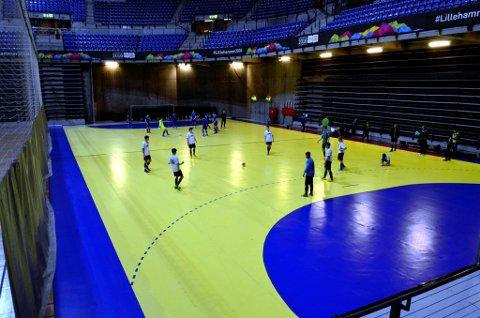Lillehammer i gang med første kamp.