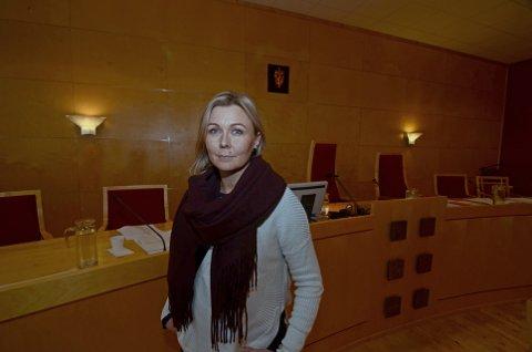FORKLARTE SEG I RETTEN: Tine Iversen, leder for Pluss-tjenesten barn og unge i Lillehammer.Foto: Rune René Kristiansen