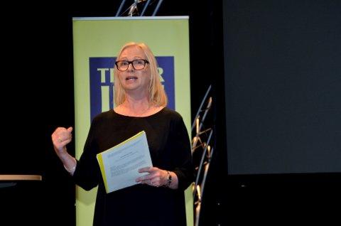 TILBAKE TIL NORMALEN: Teatersjef Janne Langaas og teater Innlandet er tilbake på drøyt 30.000 publikummere i året etter rekordåret på nesten 35.000 i 2016.