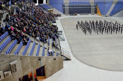 GODT BESØK: Gardemusikken var tilbake og opptrådte foran et stort og begeistret publikum i Håkons Hall.