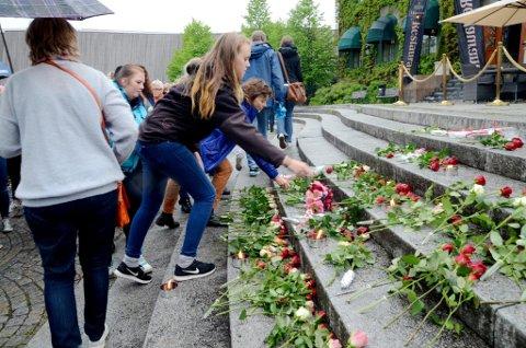 Markering på Stortorget i Lillehammer etter alle selvmordene lokalt våren 2017