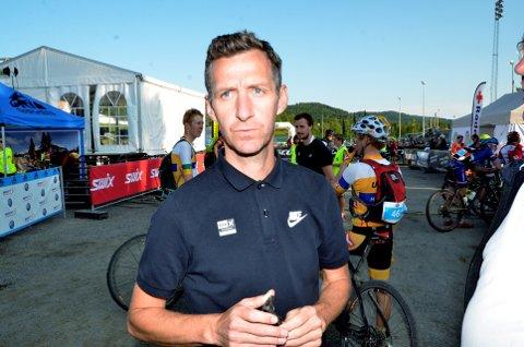 Tidligere verdensmester Kurt Asle Arvesen er imponert over hvor mange gode syklister Lillehammer Cykleklubb får fram.