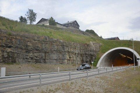 Blir det som samferdselsministeren foreslår, så øker fartsgrensa i Hundorp og Teigkampen-tunnelen fra 80 til 90 km/t.