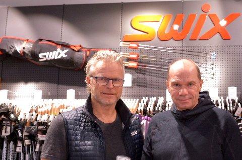 Ledelsen i Brav, her illustrert ved Åge Skinstad og Christian Gløgård, har full tillitt fra de ansatte, i følge tillitsvalgt Stein Tore Sørsveen.  «Jeg er sikker på at bedriften har gjort det den skal», sier han.